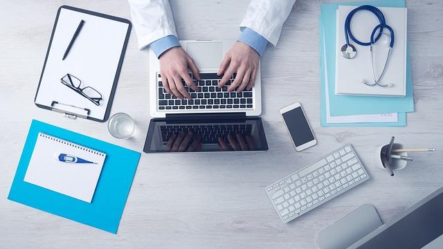 laptop, lekarz